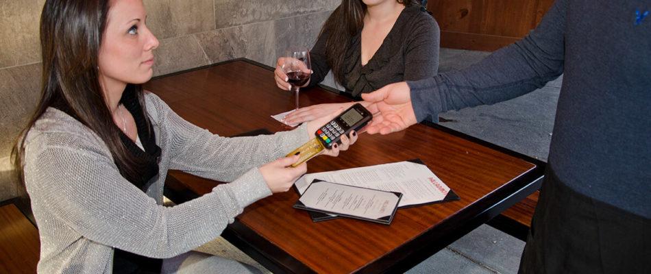 סליקת אשראי בנייד לעסק בקלות וביעילות - ז-קרדיט
